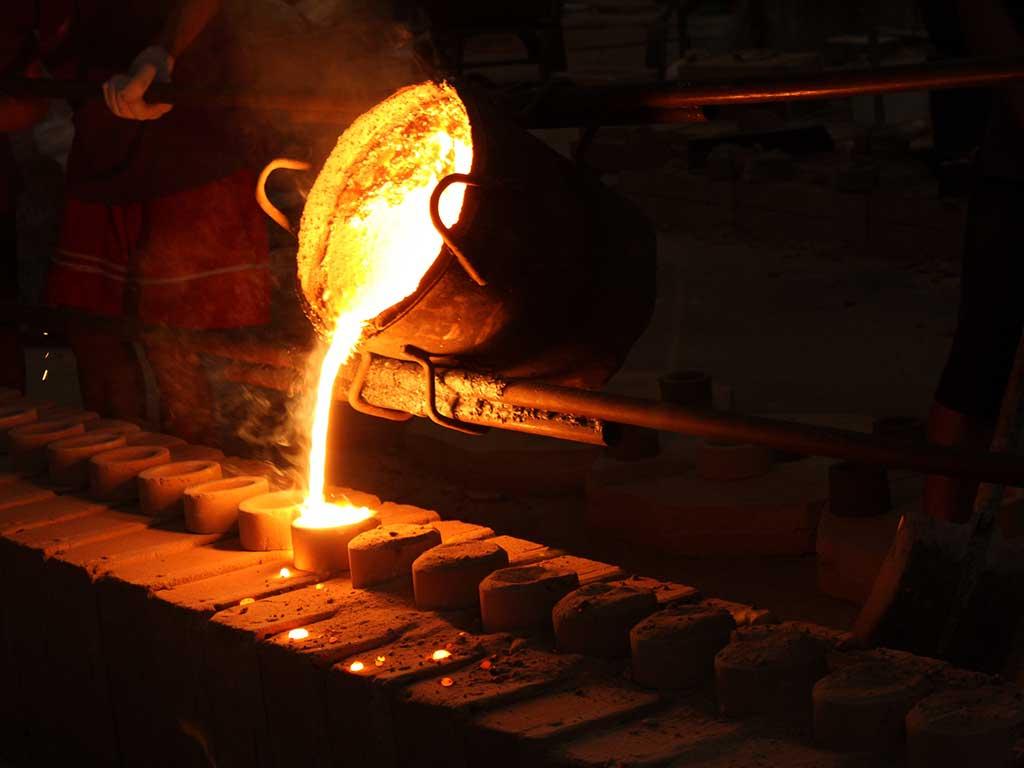 Introducción al proceso de fundición de metales e imperfecciones en el proceso